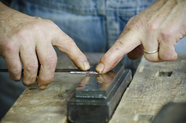 bill anderson sharpening a rabbet plane iron on an oil stone