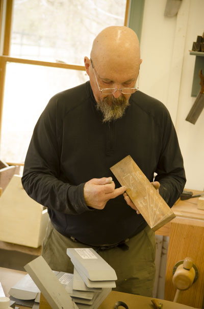 Bill Anderson teaching a hand tool woodworking sharpening class at the wood and shop traditional woodworking school in Virginia