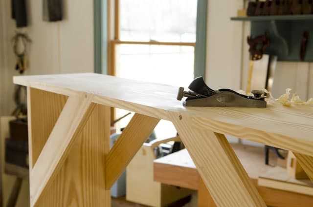 Joshua Farnsworth building a shaker bench for woodworking plans