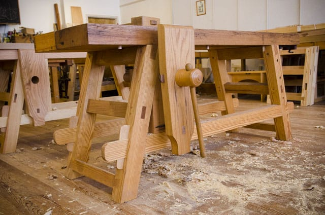 A Portable Moravian Workbench in Roy Underhill's Woodwright's School